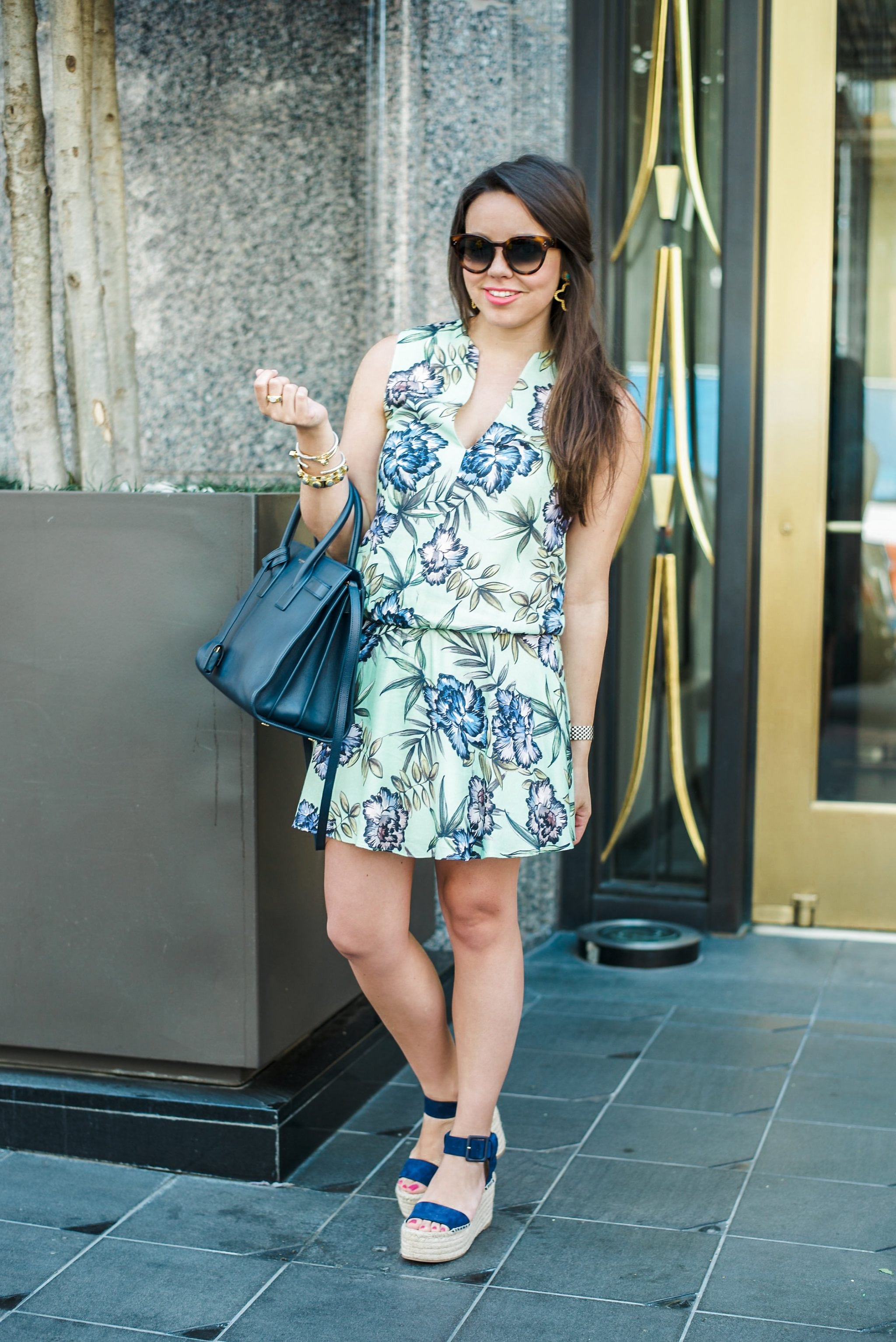 Alice + Olivia 'Brook' Sleeveless Blouson Floral Print Dress
