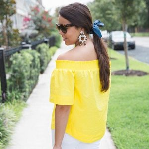 Yield for yellow remember this cutie OTS top? Its backhellip
