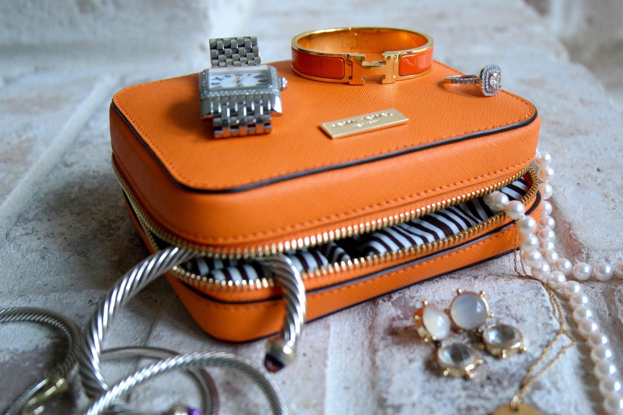 Henri Bendel packable travel jewelry case