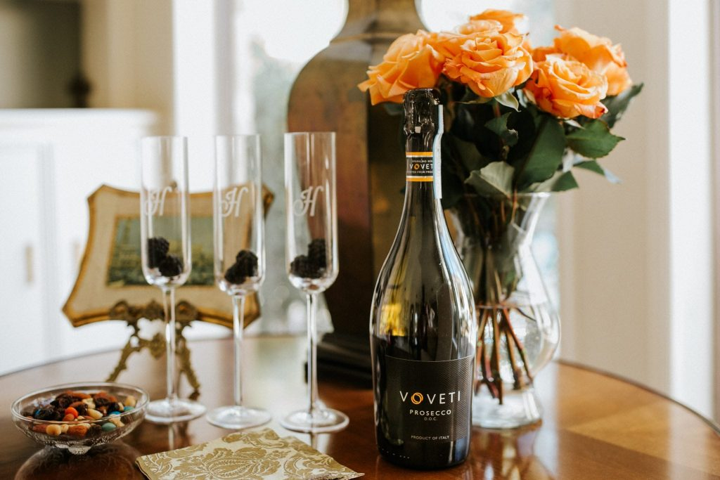 Cheers to three weeks from our wedding with Voveti Prosecco!