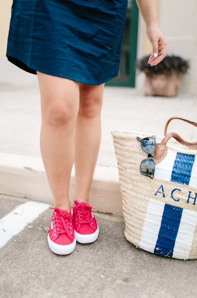 Supera 2750 Coutu Classic sneakers in red | casual outfit | monogrammed market tote