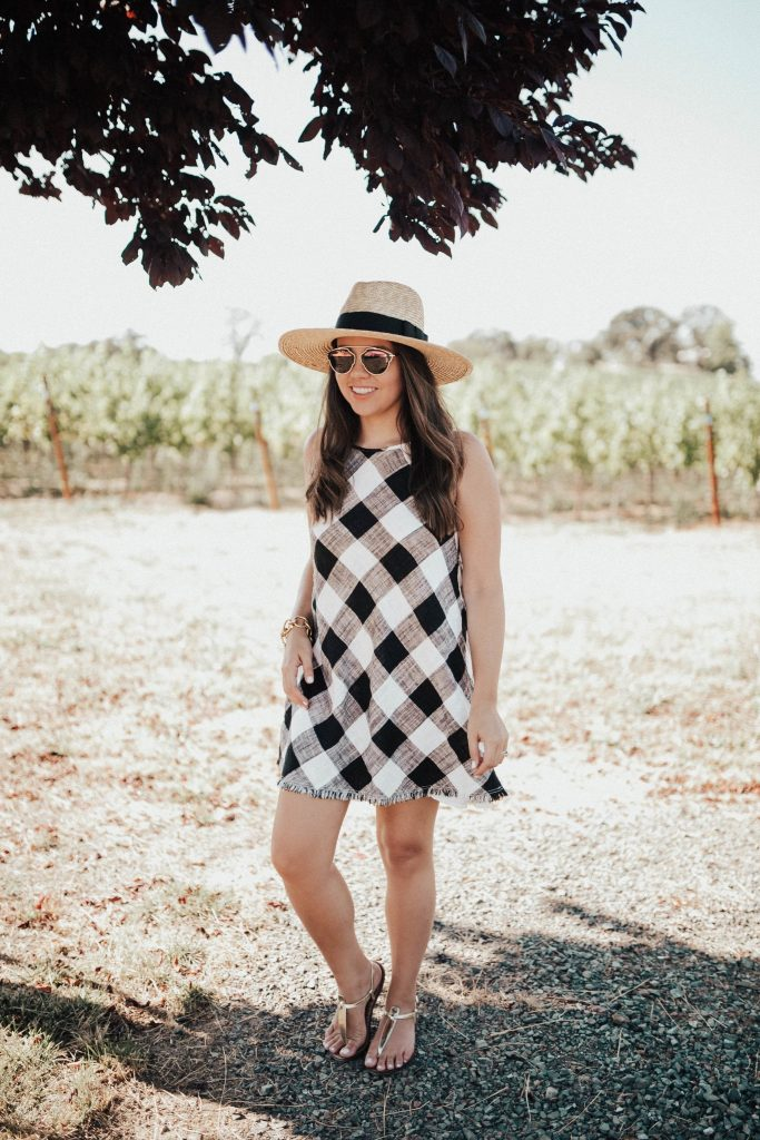 What to wear to a vineyard | Wine tasting outfit ideas | Napa travel