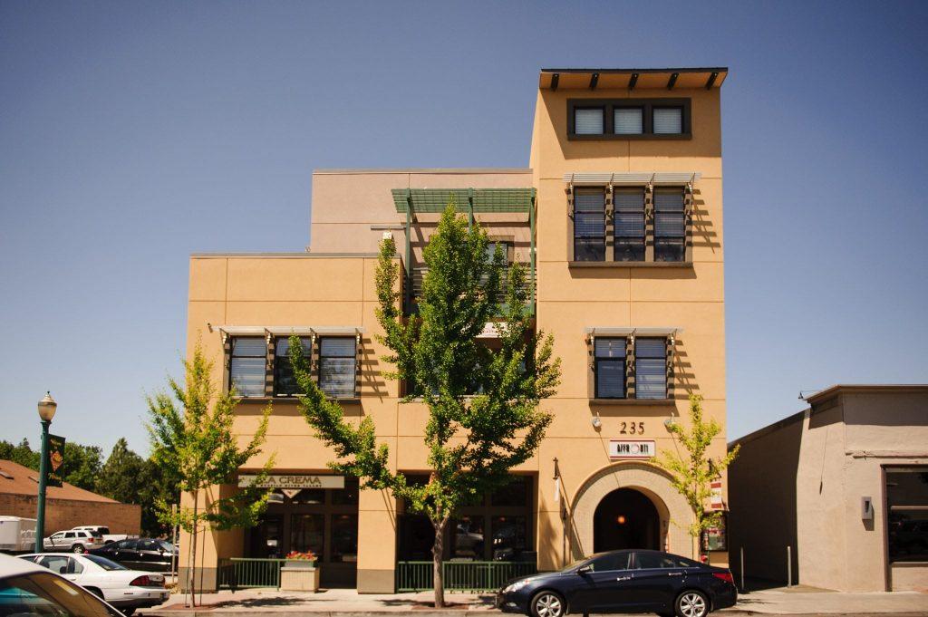 Two Thirty-Five Suites Healdsburg, CA