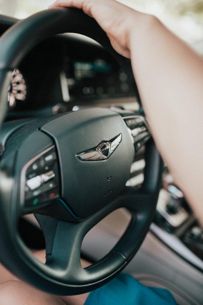Genesis G90 - New Luxury Midsize sedan - DriveShop