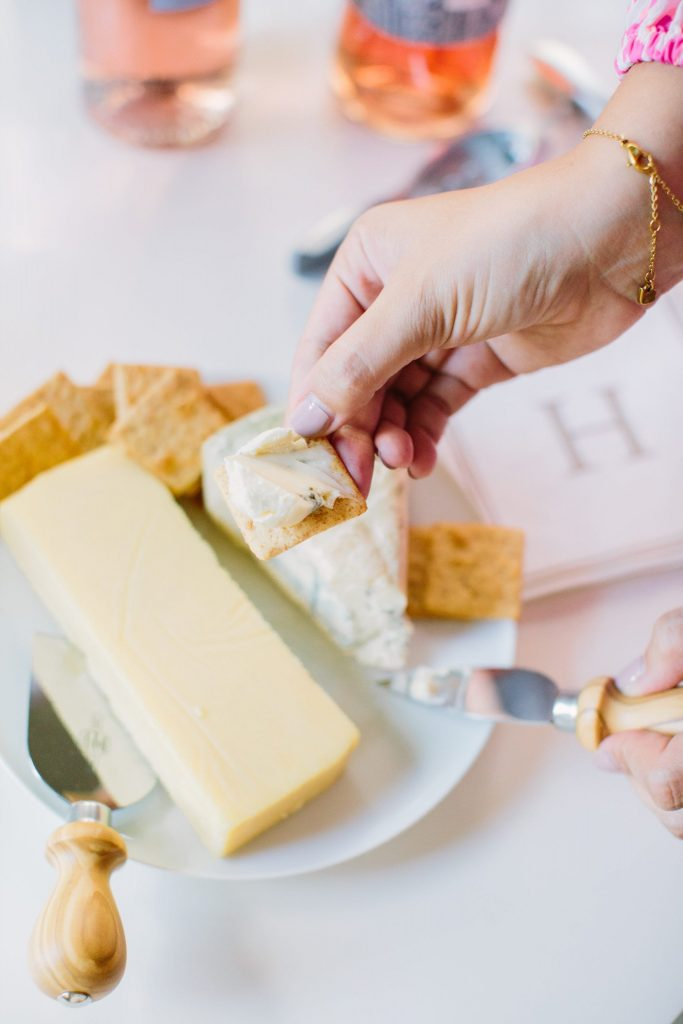 How to make an easy cheese plate