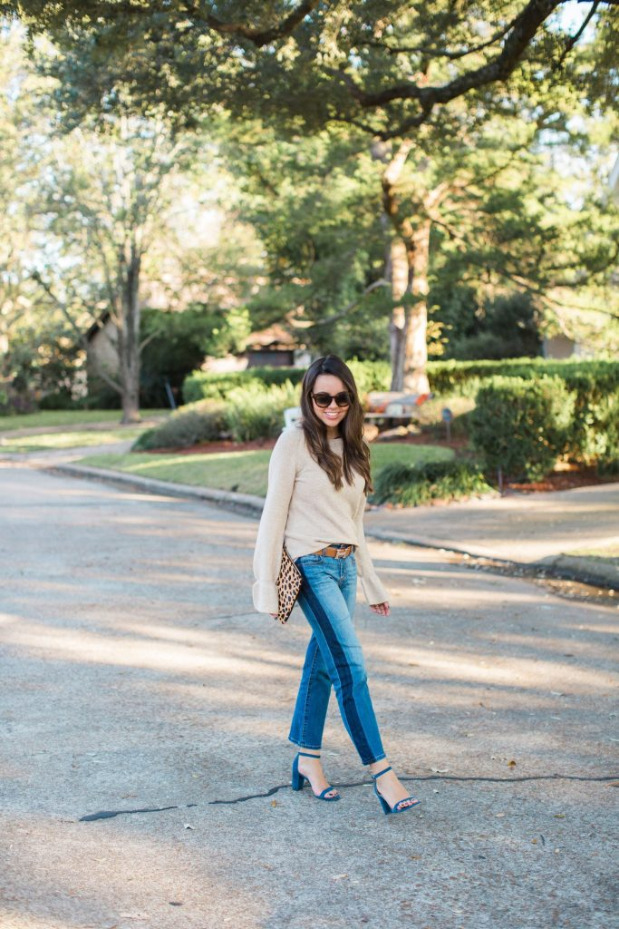 on-trend girlfriend jeans, must-have fall denim