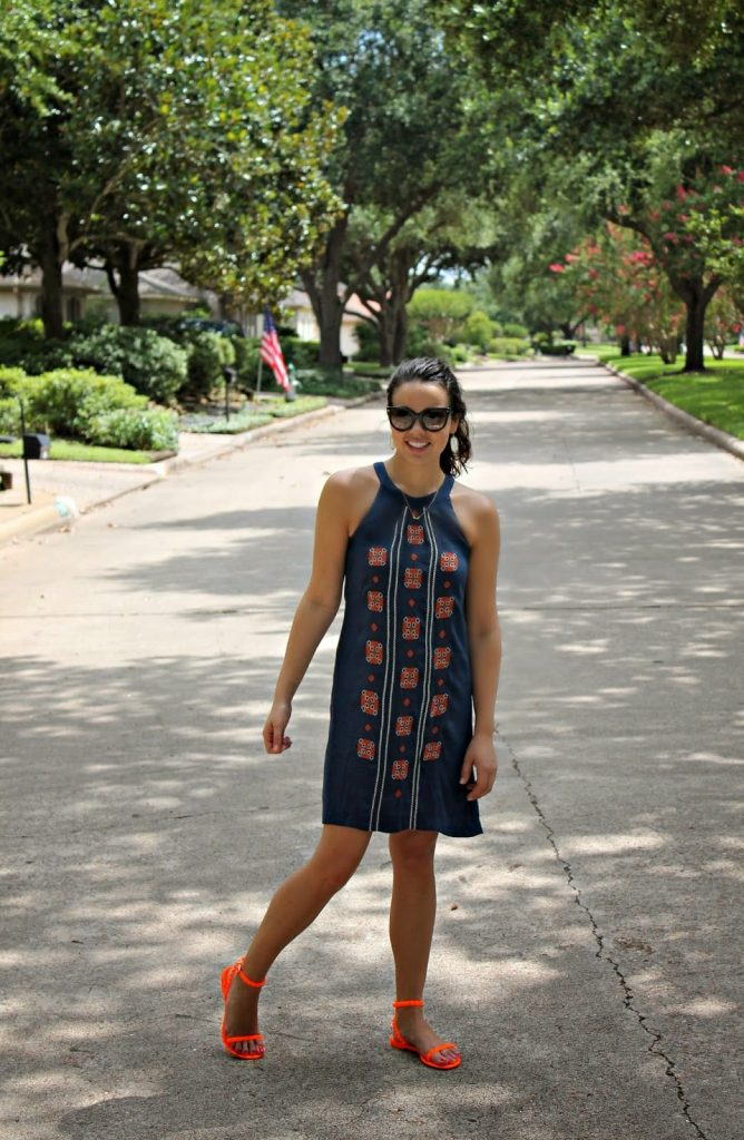 Embroidered Dress // Giveaway!
