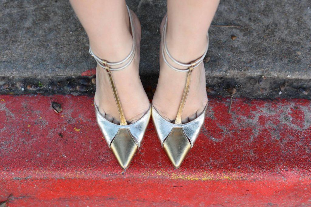Carolina Herrera T-Strap pumps