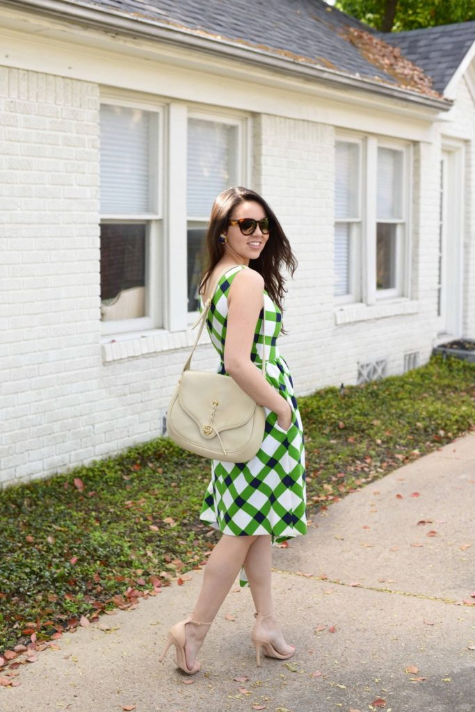 How to dress for Easter brunch