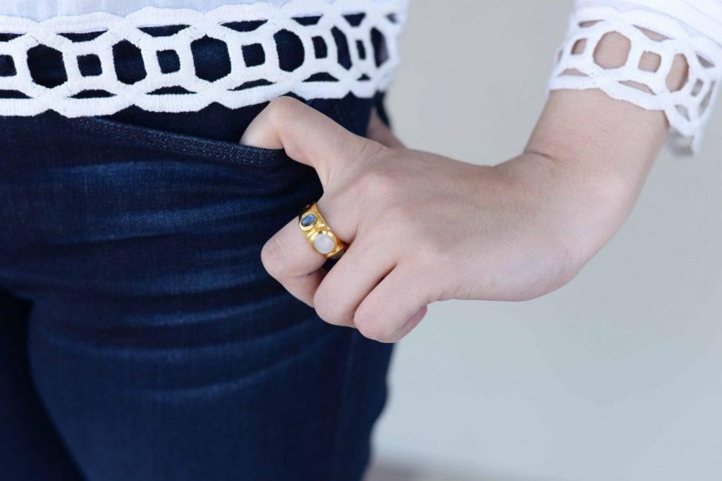 Julie Vos ring