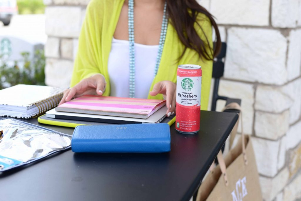 Starbucks Refreshers - Life as a blogger