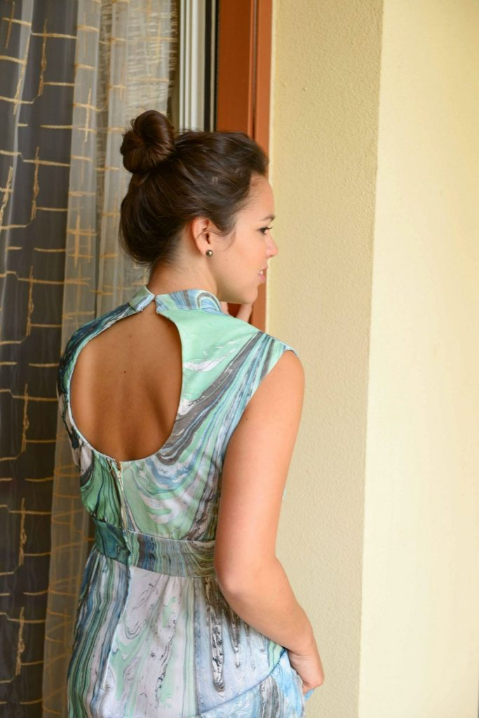 Vintage gown - backless cutout