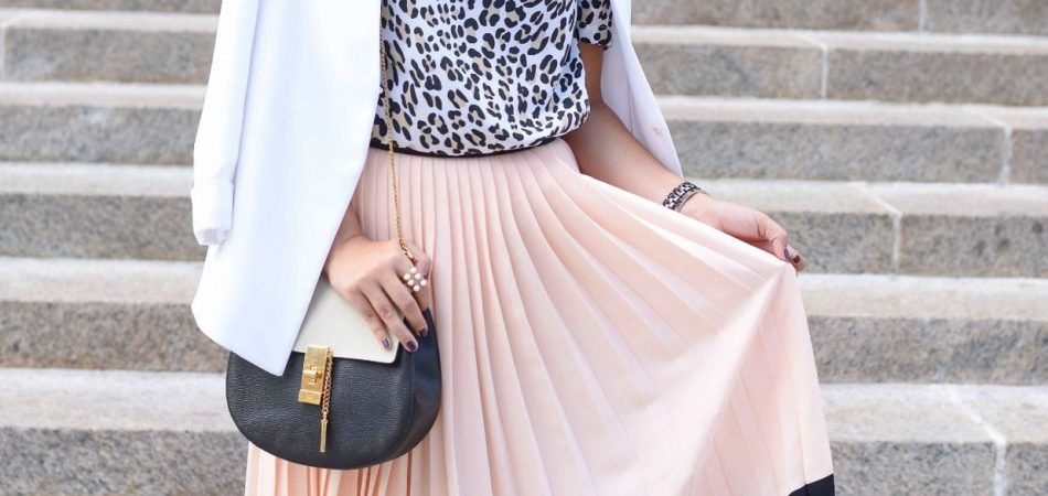 Kate Spade pleated skirt