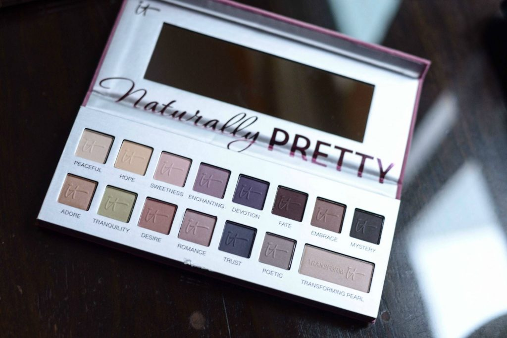 IT Cosmetics eyeshadow palette