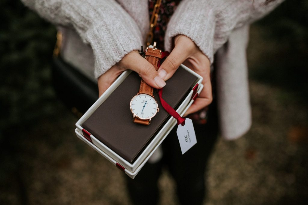 Give the gift of a timeless Daniel Wellington watch this holiday season