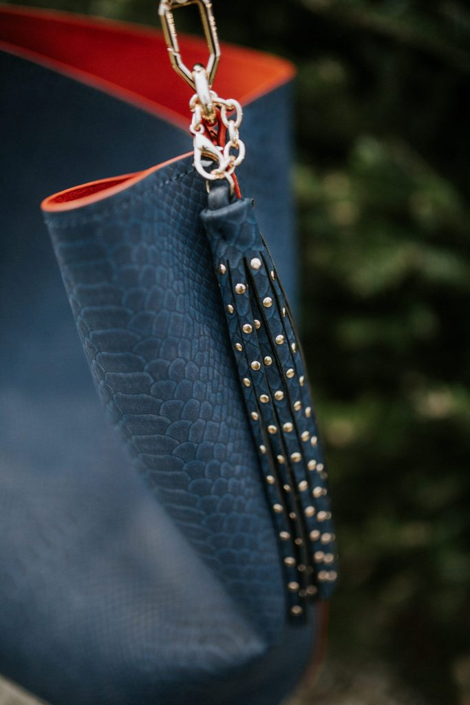 The perfect hobo bag with a studded tassel chain detail