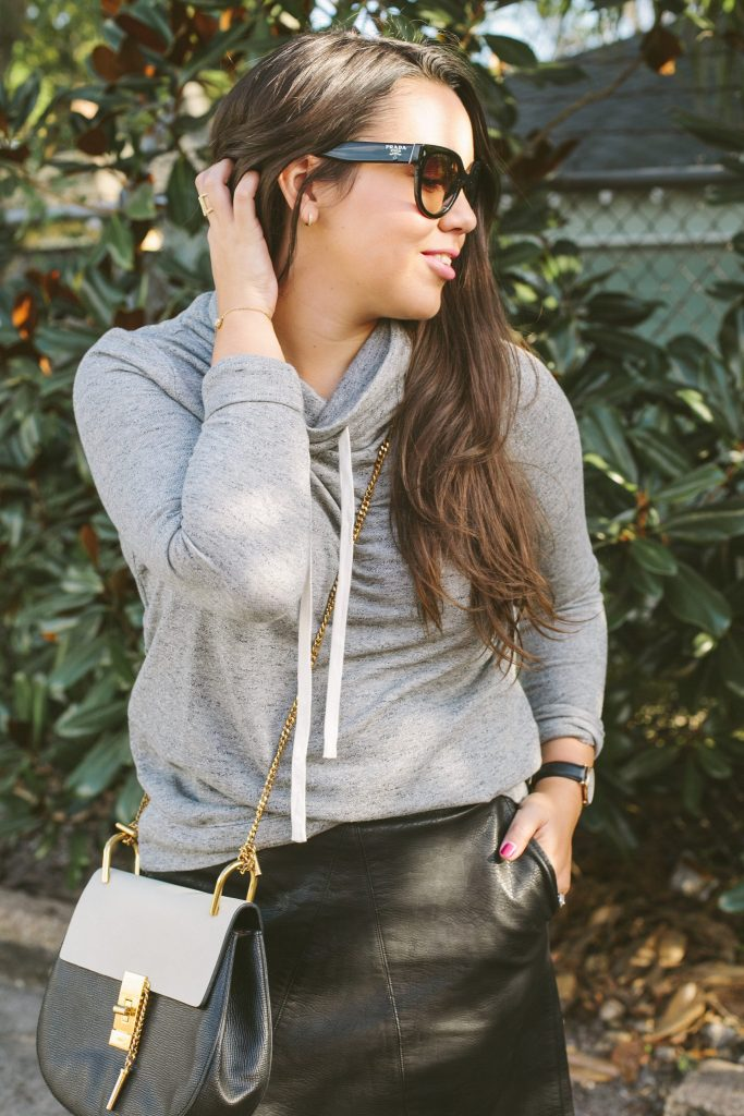 How to dress up a sweatshirt for the perfect athlesiure look!