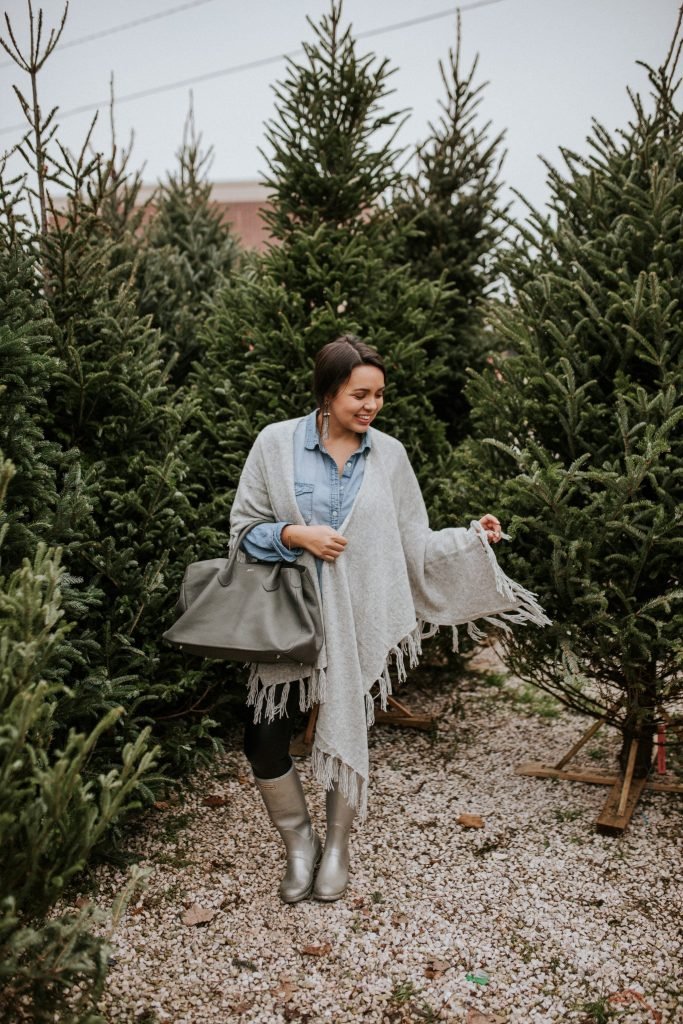 The perfect grey fringe wrap for holiday travel and everyday errands