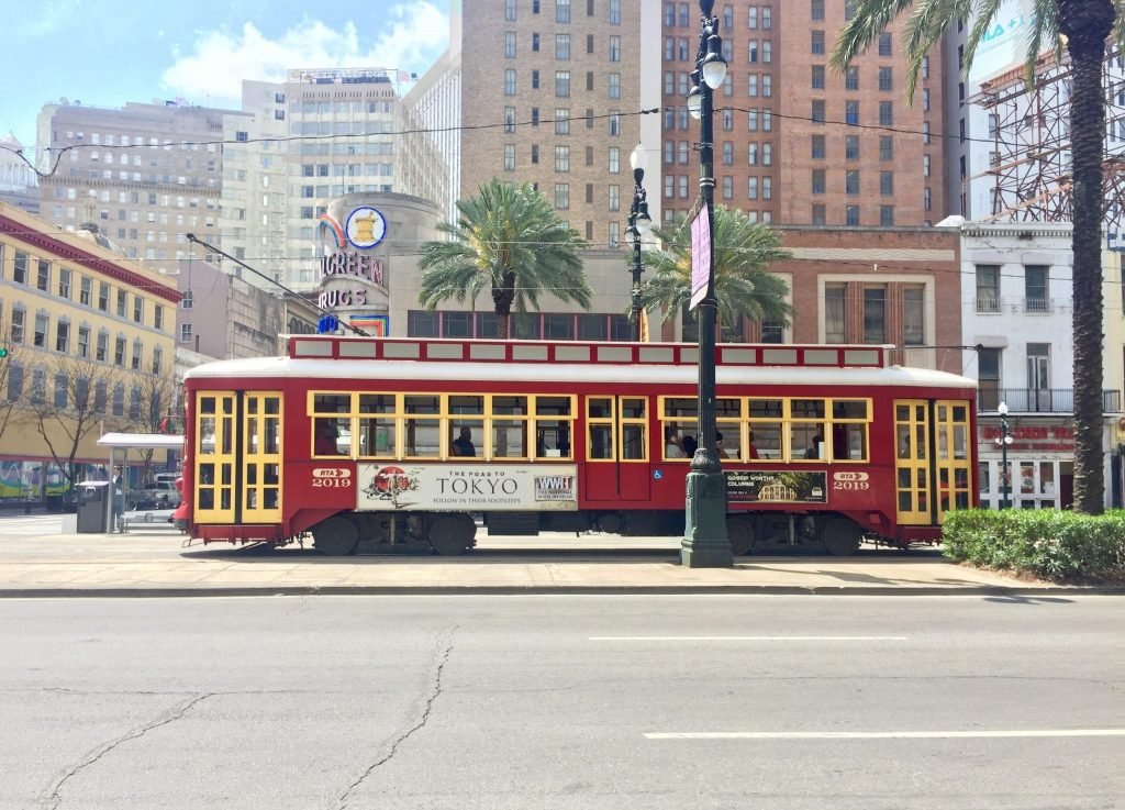 Travel New Orleans like a local