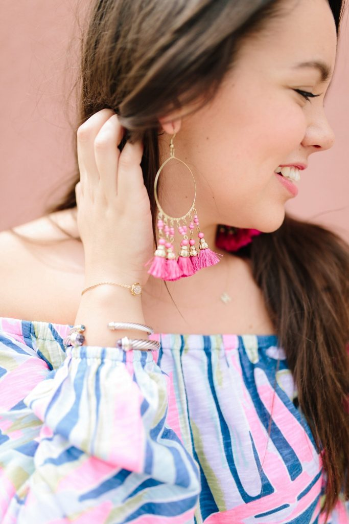 Hot pink tassel earrings | David Yurman bracelet stack | Preppy style