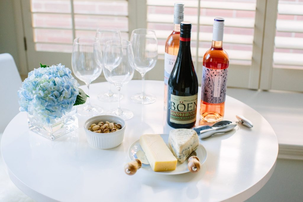 Late summer entertaining ideas | The best wine and cheese ideas for a house party