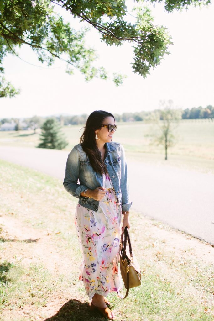dressing for a vineyard, outfit ideas for vacation