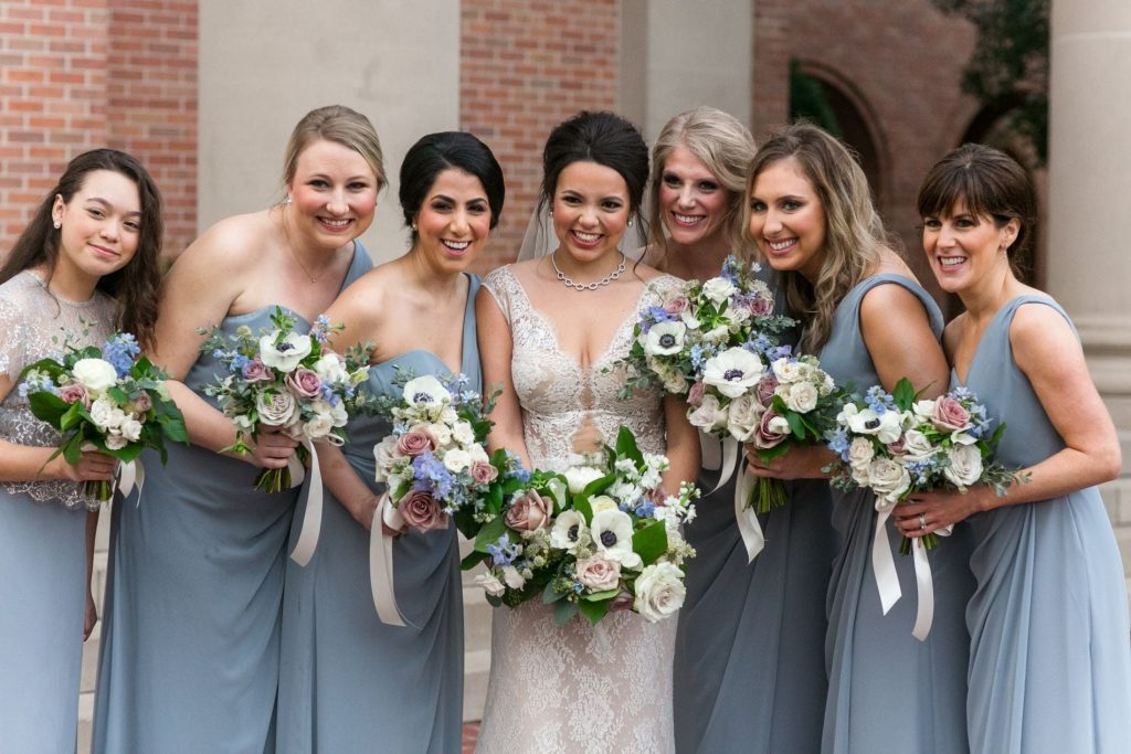 wedding day photo ideas, bridesmaid photos