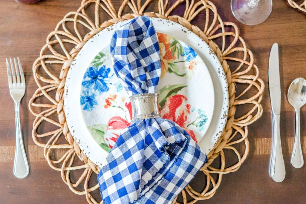 spring dining room table setting