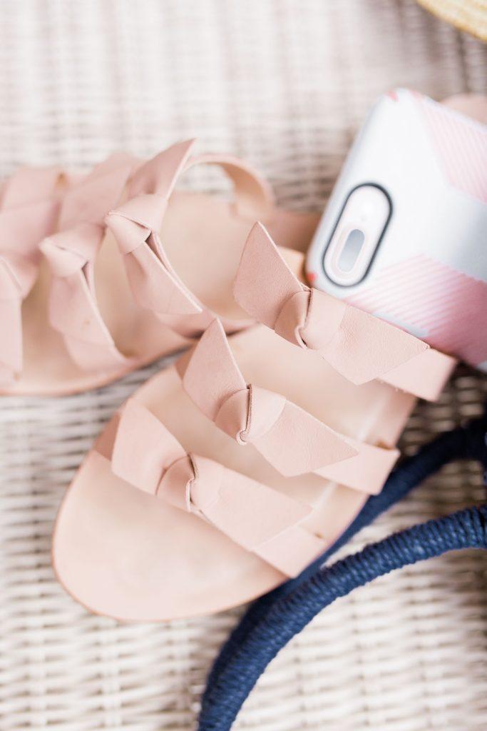 Kaanas bow slide sandals