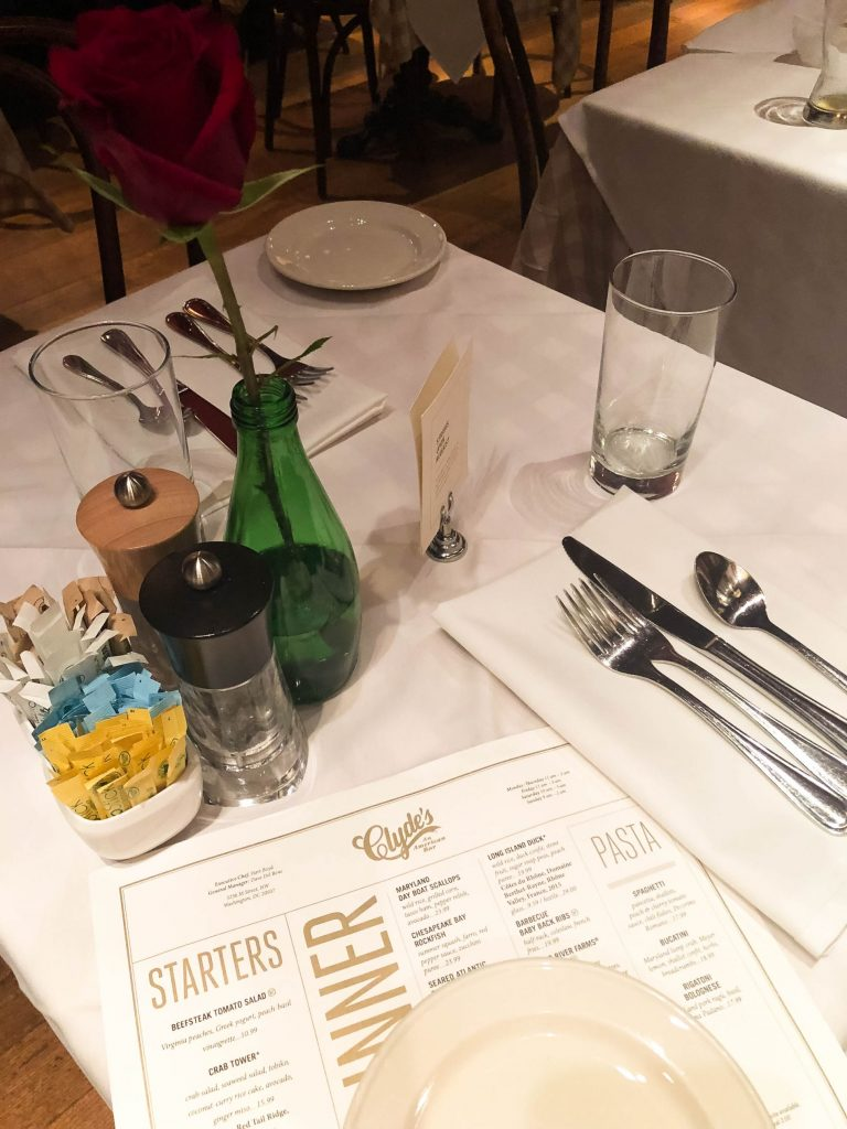 Clyde's restaurant Georgetown