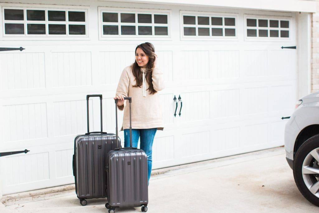 Holiday travel packing tips, best suitcases for traveling