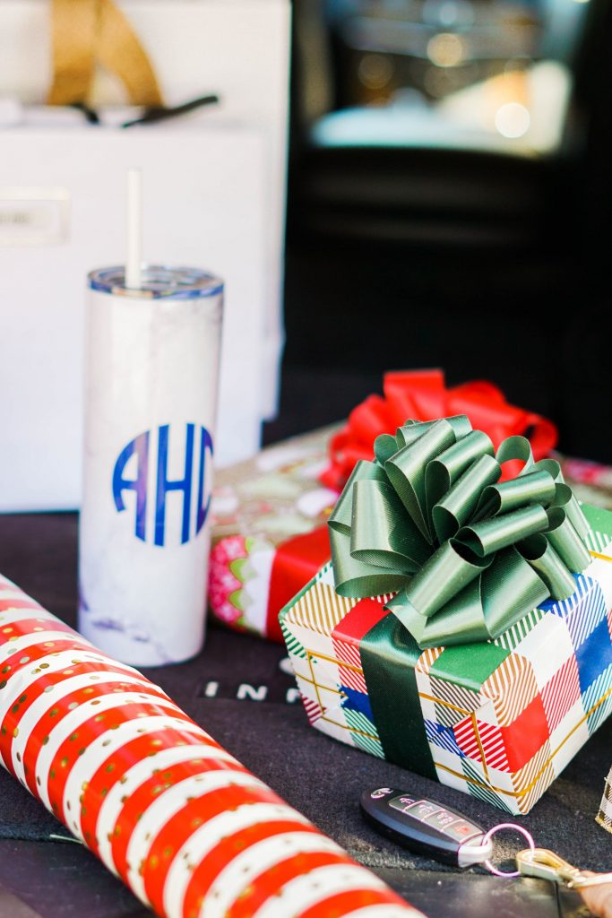 Monogrammed Marley Lilly holiday gift ideas