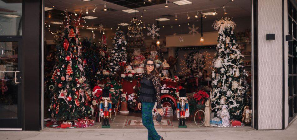 Christmas eve outfit idea, Vineyard Vines Plaid Pants #edsftg
