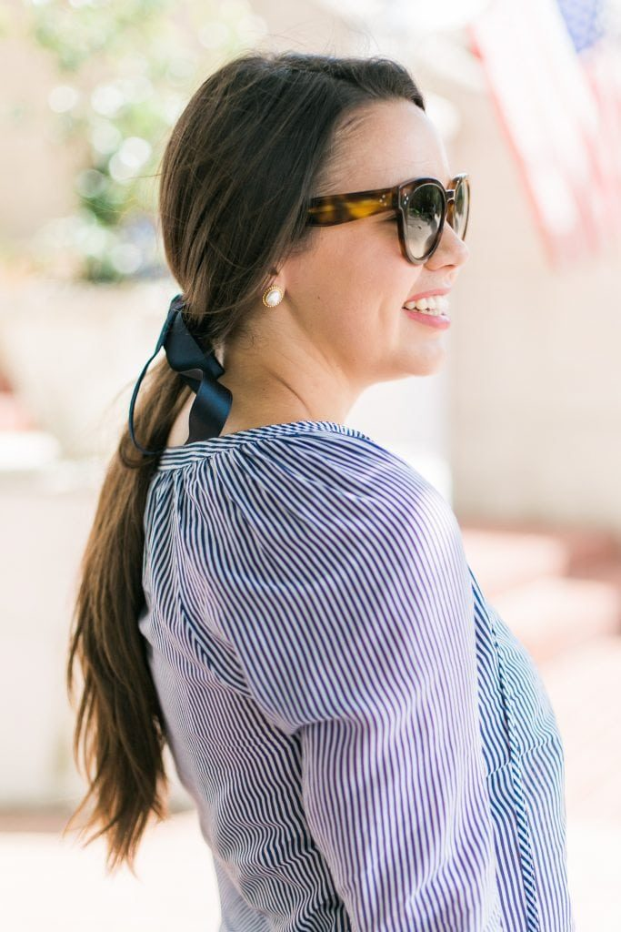 Low ponytail velvet hair bow trend