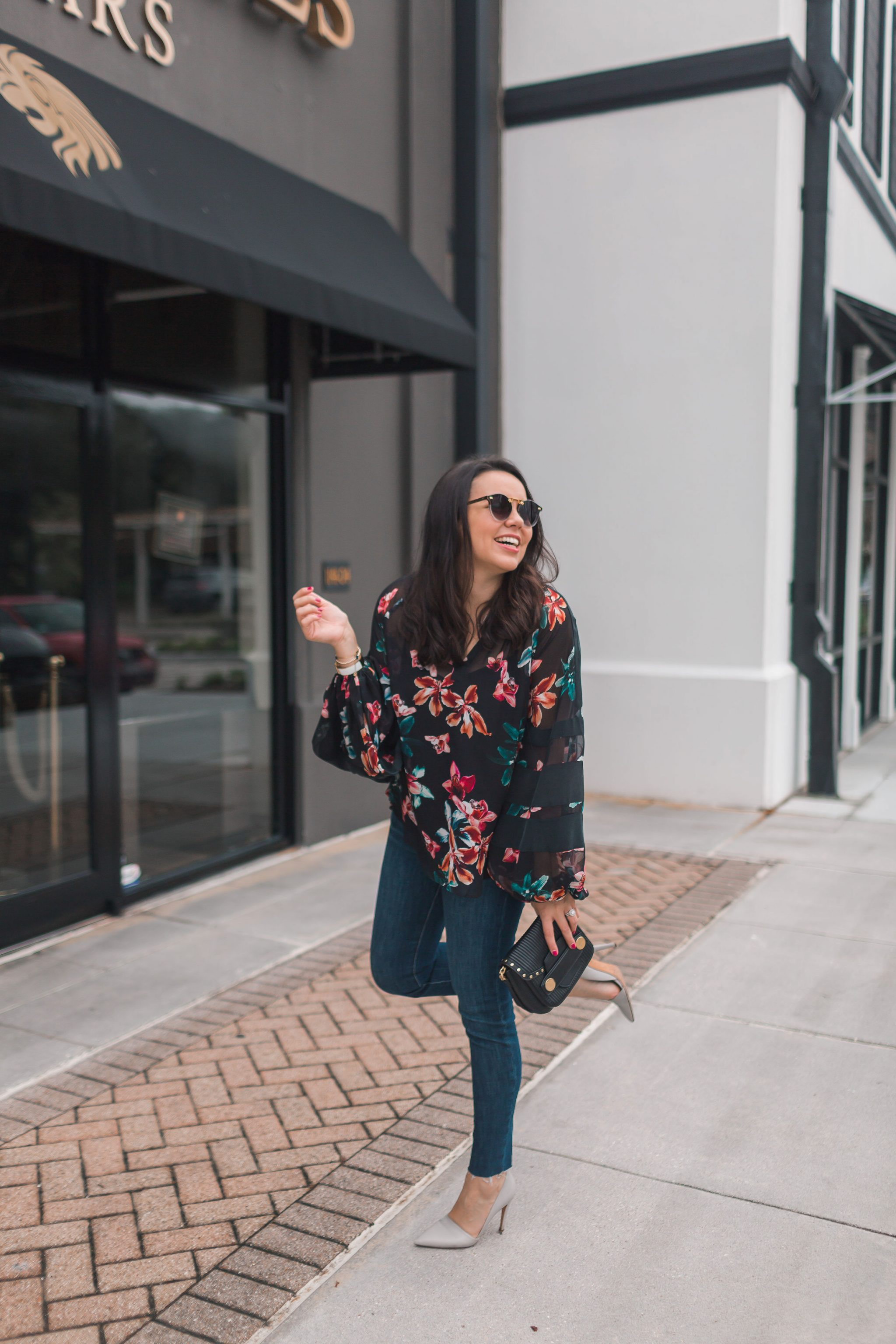 floral blouson-sleeve top for date night