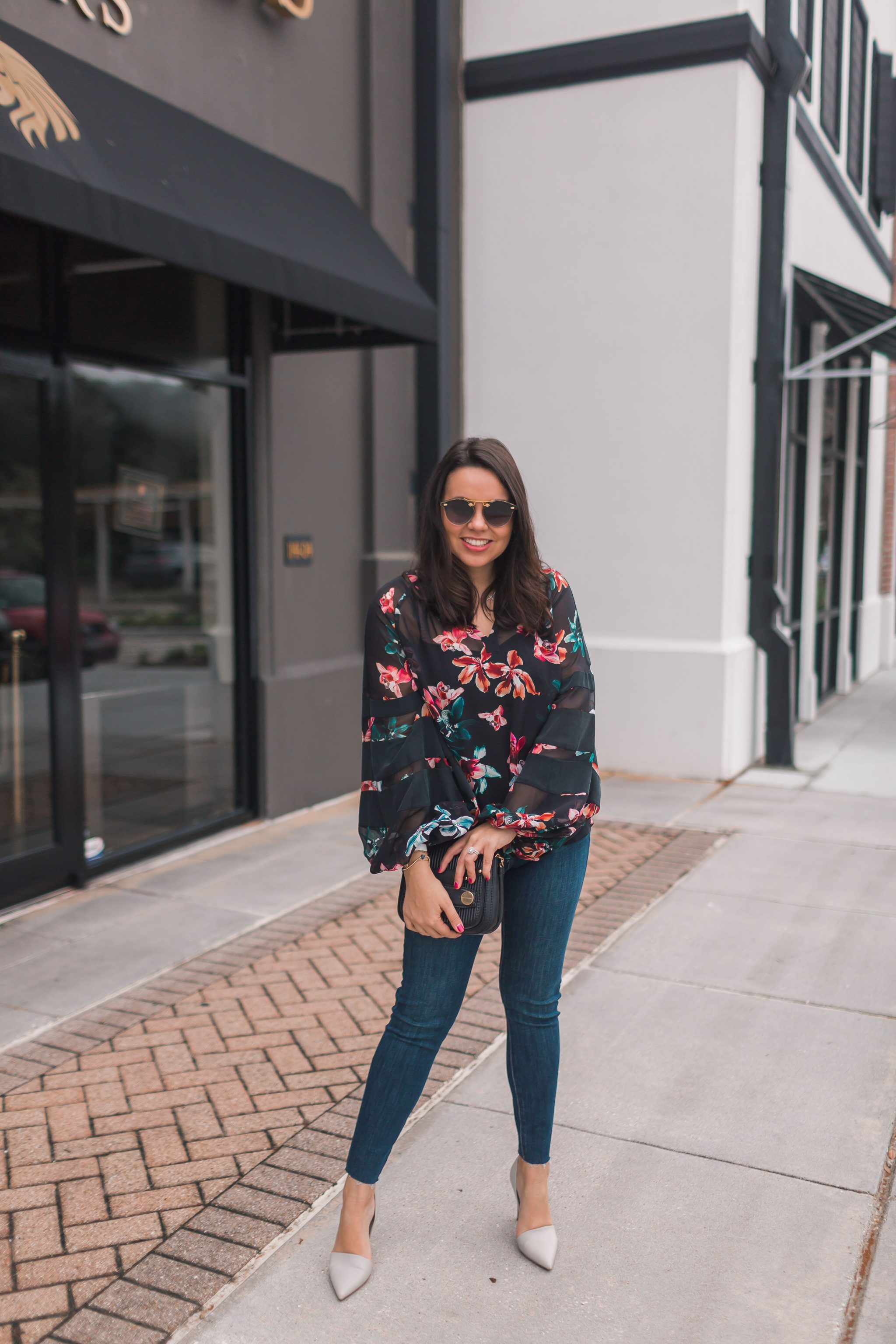 easy date night outfit ideas, floral sheer top
