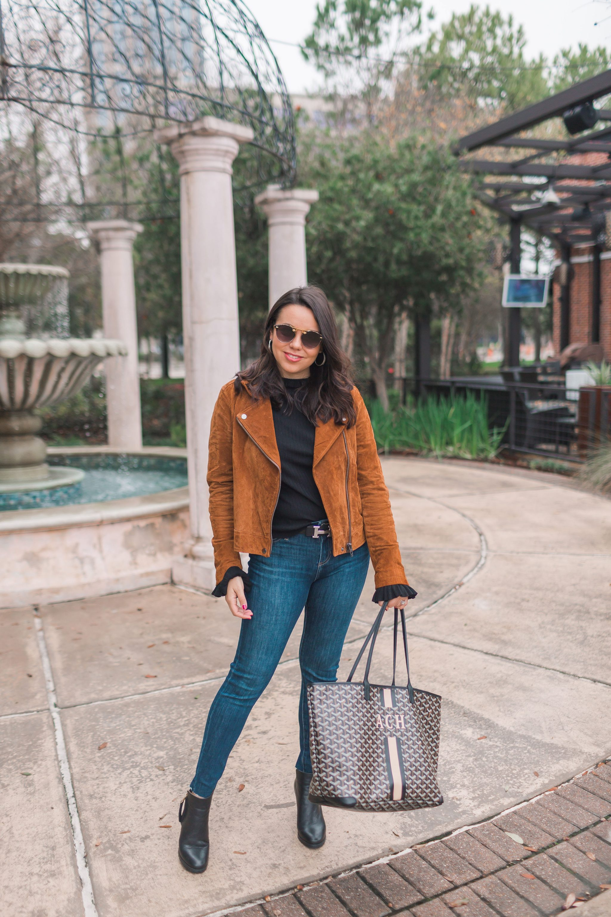 Suede moto jacket outfit ideas