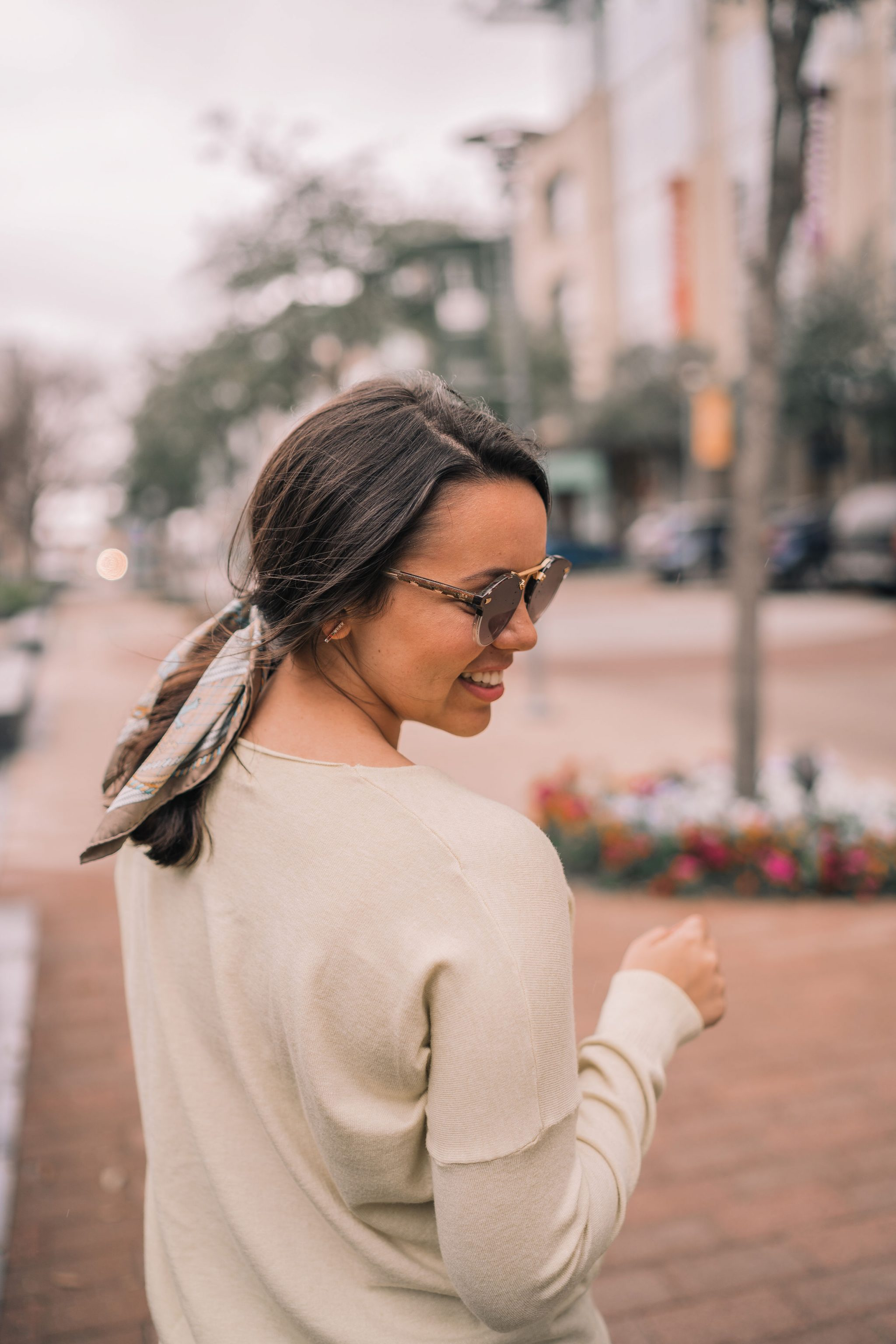 How to wear a vintage scarf in your ponytail |Aadored by Alex