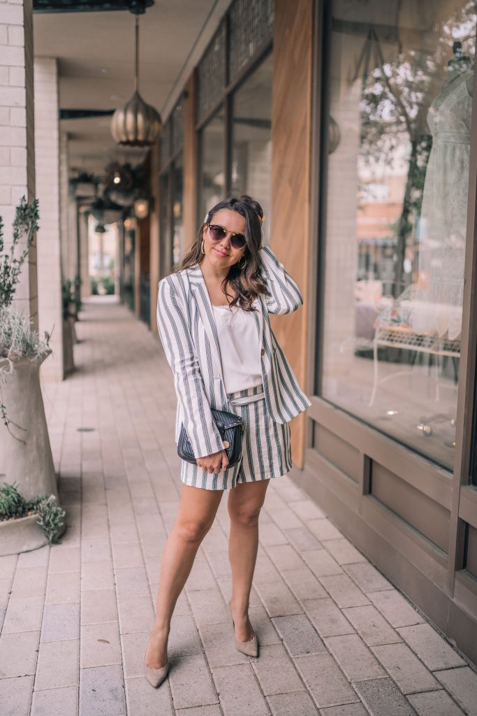 Striped shortsuit for spring and summer