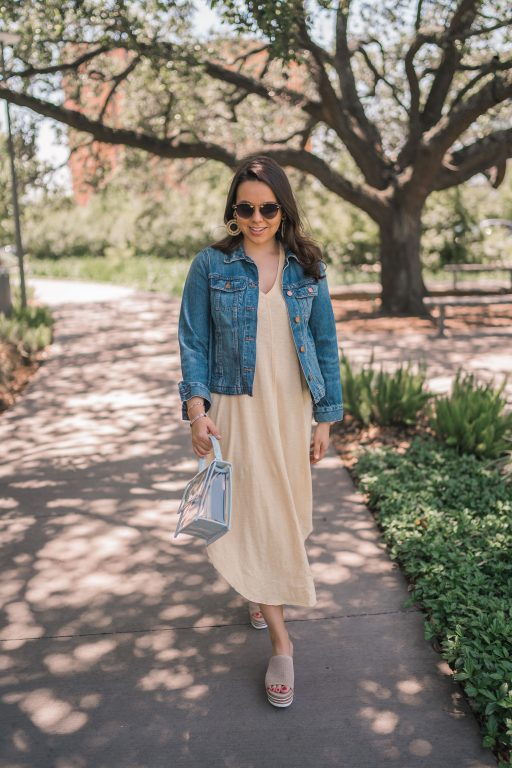 Must-have summer midi dress outfit