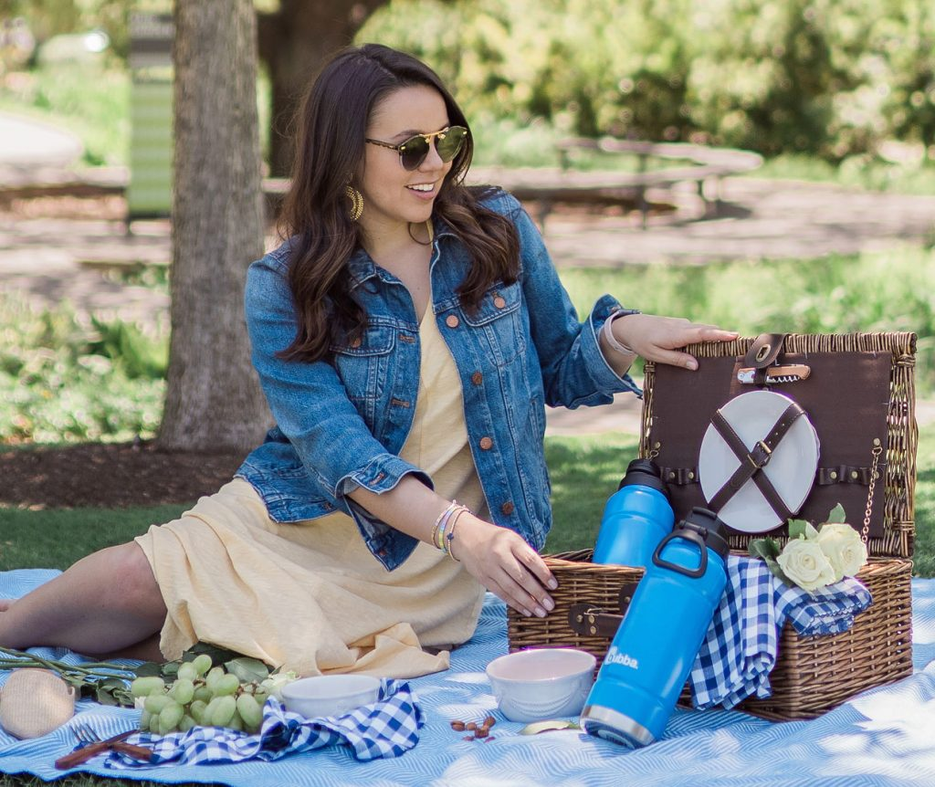 3 tips for an easy outdoor picnic this summer