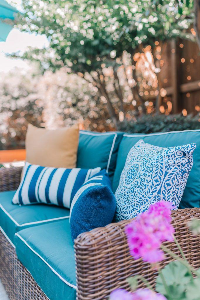 Preppy outdoor patio setup
