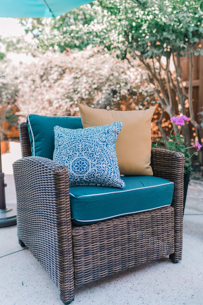 Traditional patio furniture from Bed Bath & Beyond