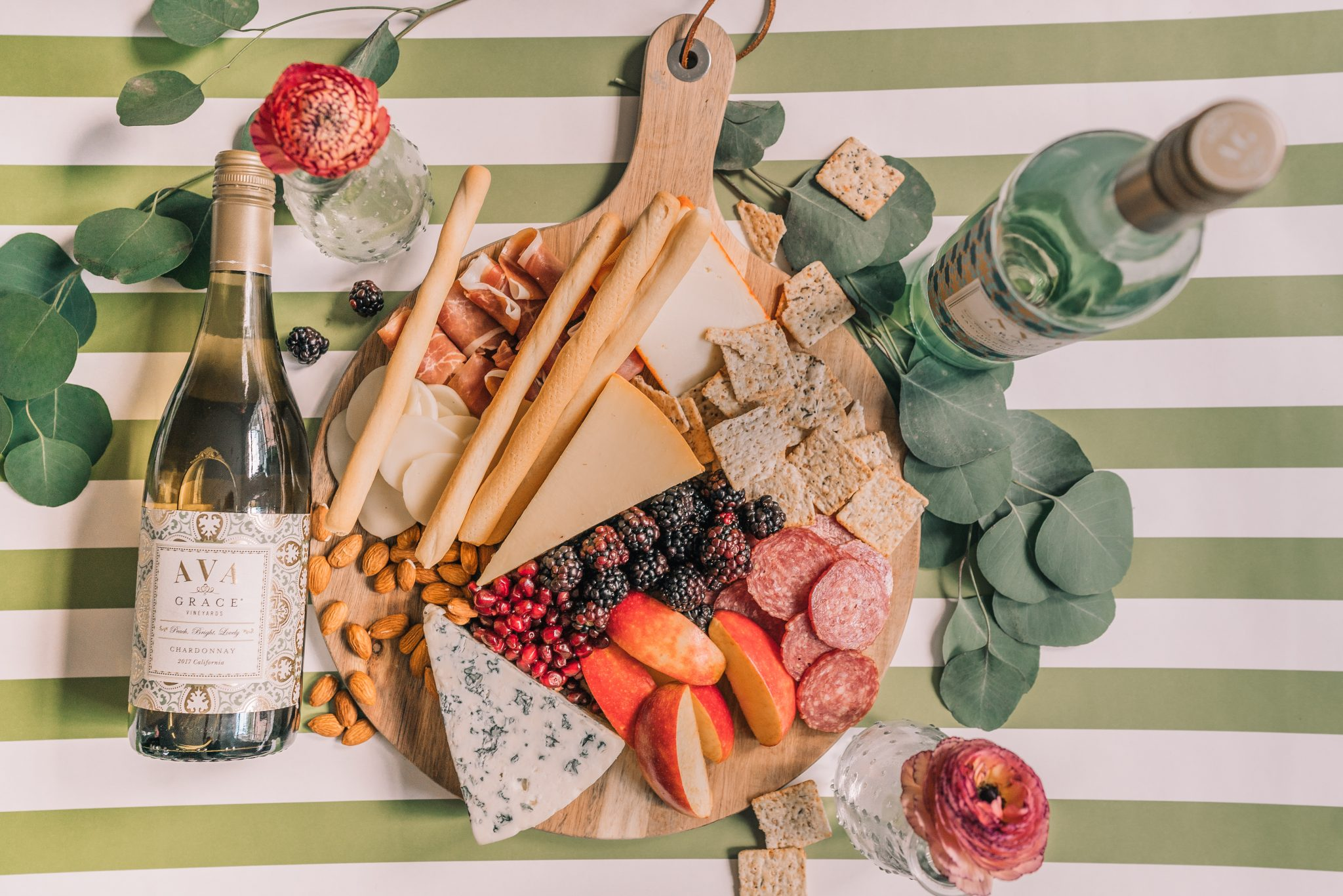 Creating the ultimate charcuterie board at home