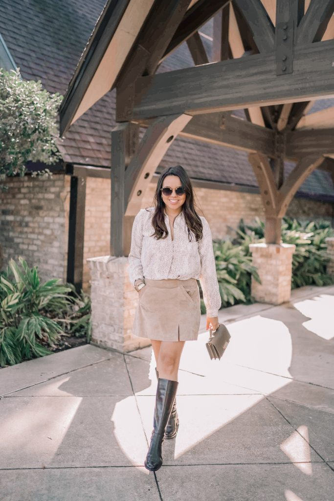 Shades of beige and brown outfit for fall