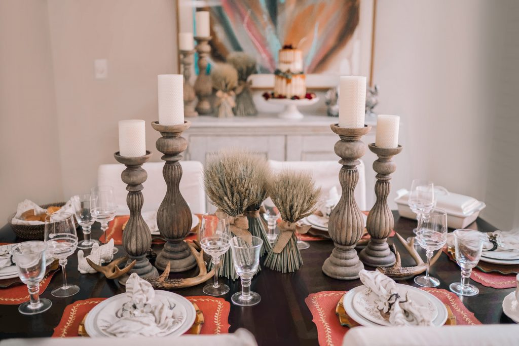 Elegant Thanksgiving tablescape idea in partnership with Bering's Houston