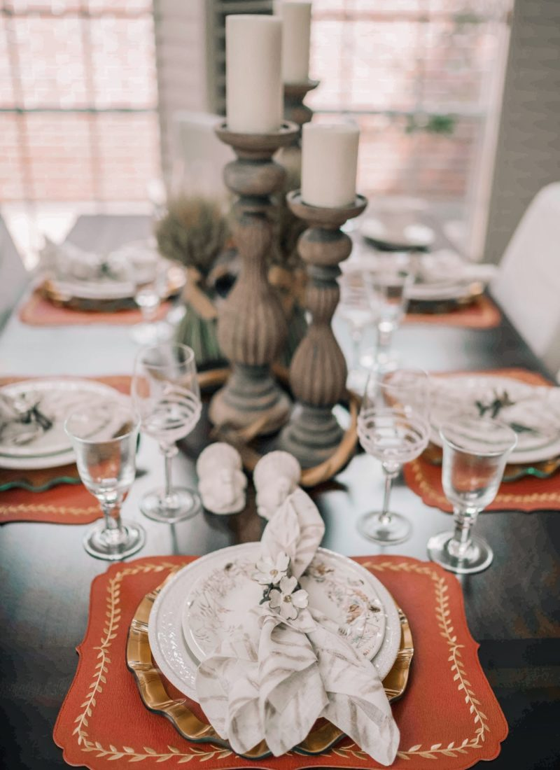 Beautiful and Elegant Thanksgiving Tablecape
