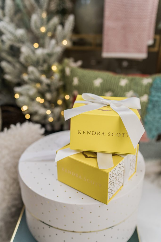 Kendra Scott giveaway, Adored by Alex