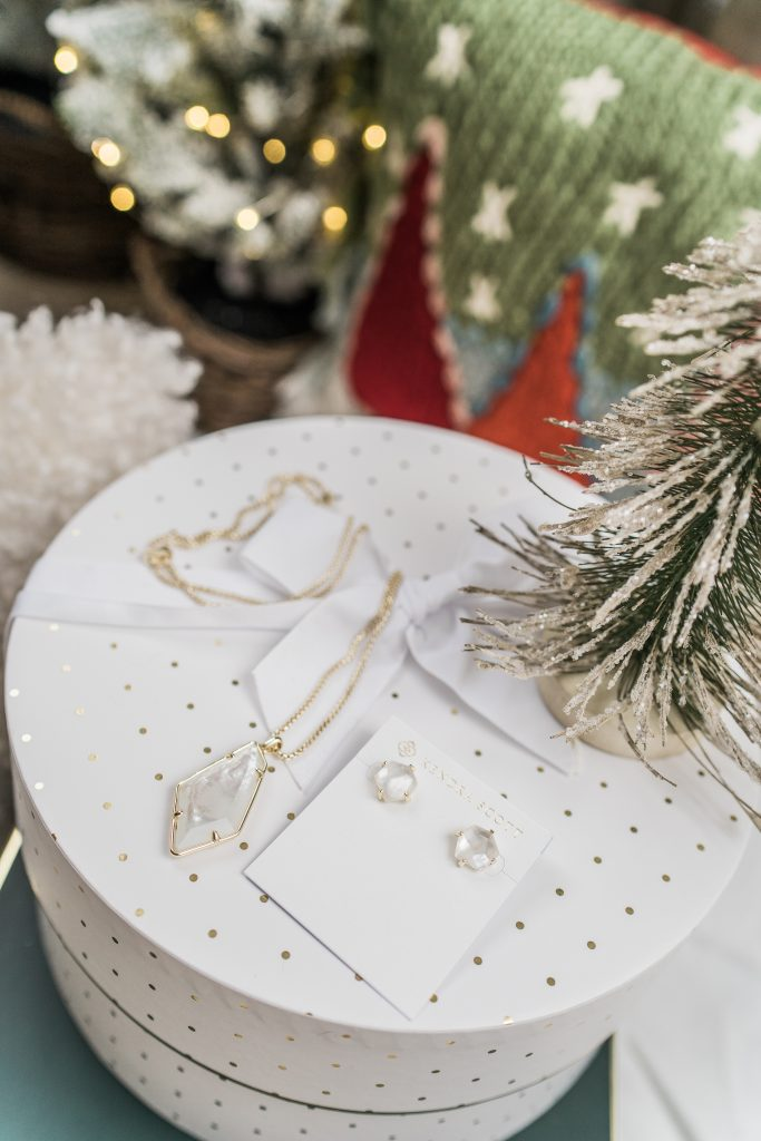 Kendra Scott Ryan stud earrings and Lilith necklace | Adored by Alex