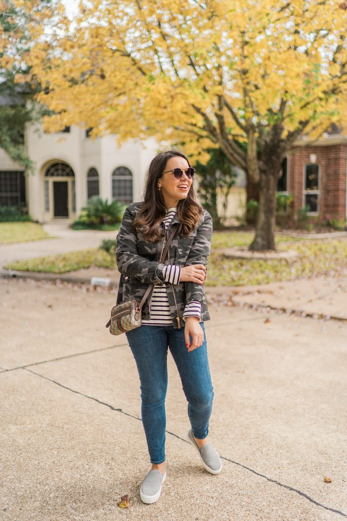 Mixing patterns outfit idea, camo print and stripes